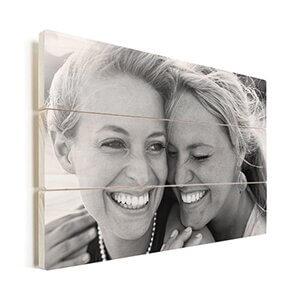 foto op hout in zwart wit
