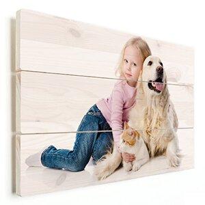 fotoshoot kind met huisdier op vurenhout